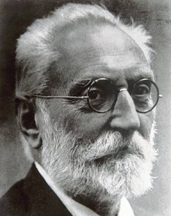 miguel de unamuno Miguel de unamuno was born in the medieval centre of bilbao, basque country, the son of félix de unamuno and salomé jugo as a young man, he was interest.