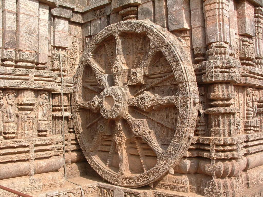 rueda-radiada-en-templo-de-india